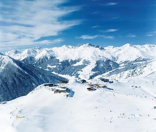 Het Zillertal skigebied in Oostenrijk met Gletsjerworld 3000